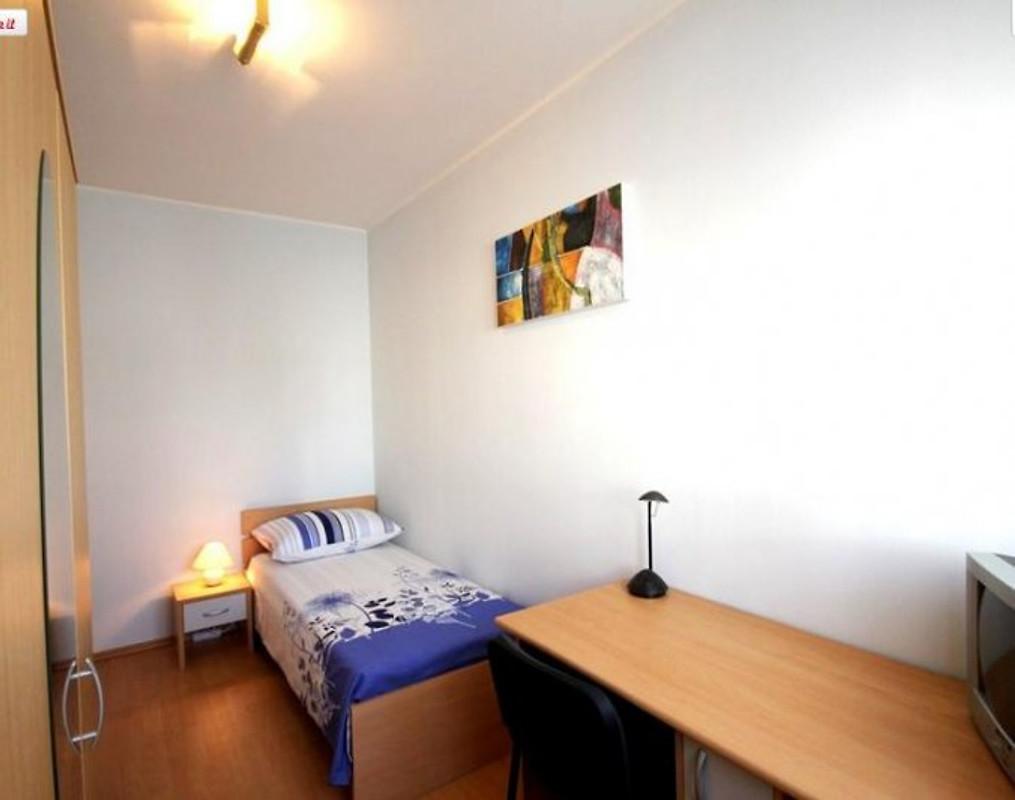 Casa pula casa vacanze in pola affittare for Piani casa a prezzi accessibili 5 camere da letto