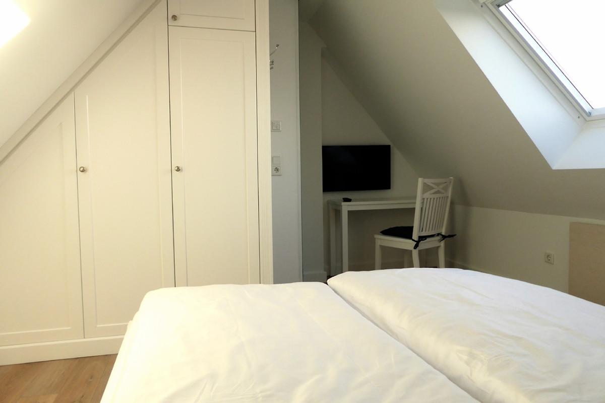 strandhaus nordlicht apartment 2 ferienwohnung in westerland mieten. Black Bedroom Furniture Sets. Home Design Ideas