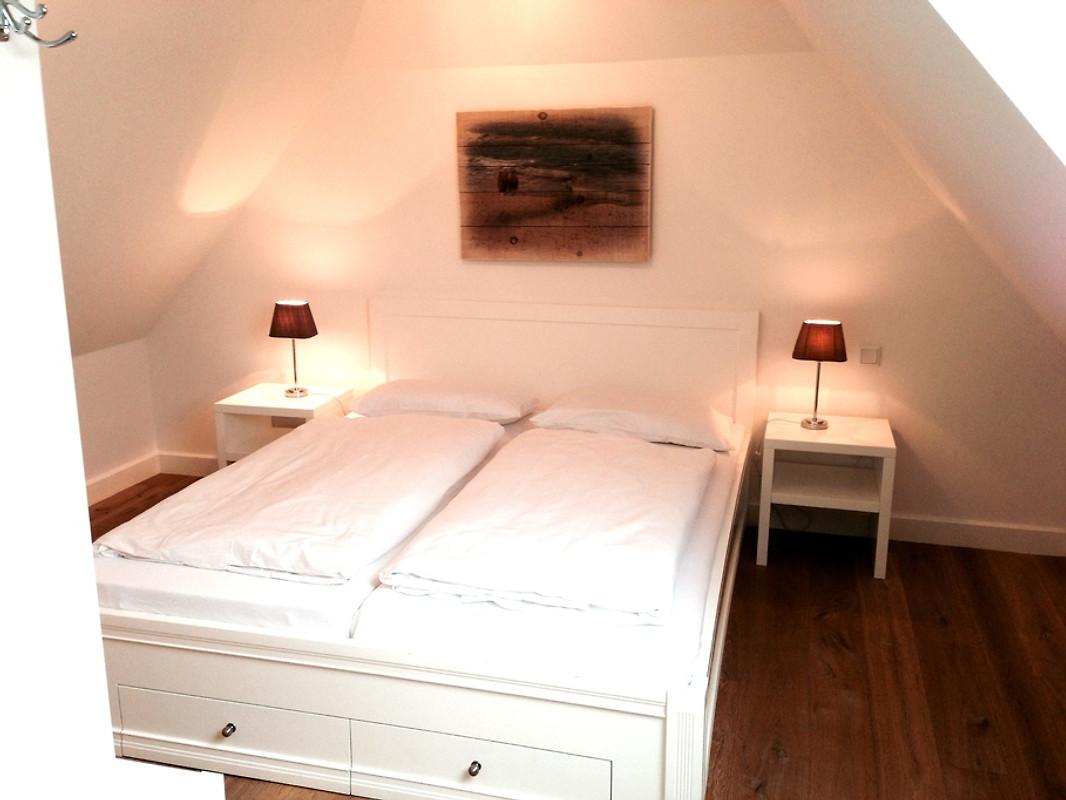 strandhaus 2 ferienhaus in westerland mieten. Black Bedroom Furniture Sets. Home Design Ideas