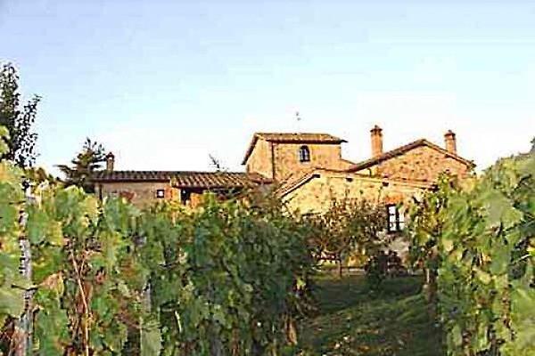 Borgo Le Cogne in Chianti in Lornano-Lillliano - immagine 1