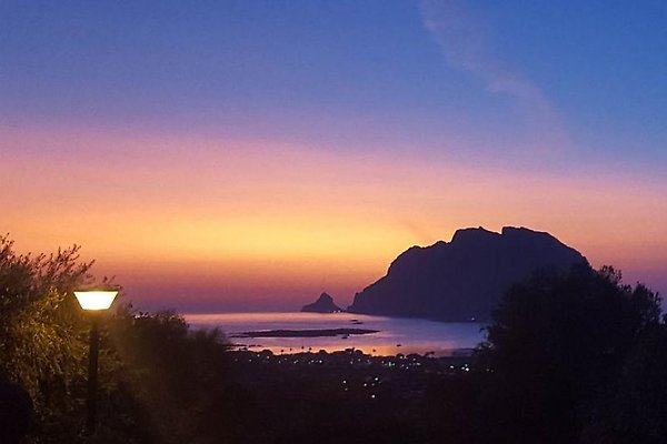 Sonnenaufgang über dem Meer - Blick von Villa Maestrale