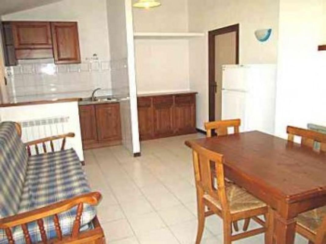 Villa poiana in monte argentario vakantiehuis in orbetello huren - Pijnbomen meubels ...