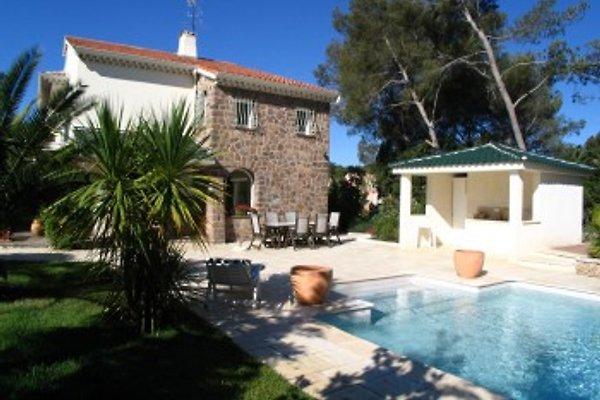 Haus an der Côte d'Azur  in Saint Raphaël - immagine 1