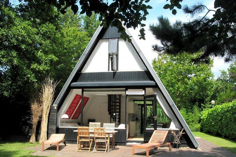 Das A-House...relaxen in einem fantastischen architektonischen Konzept!