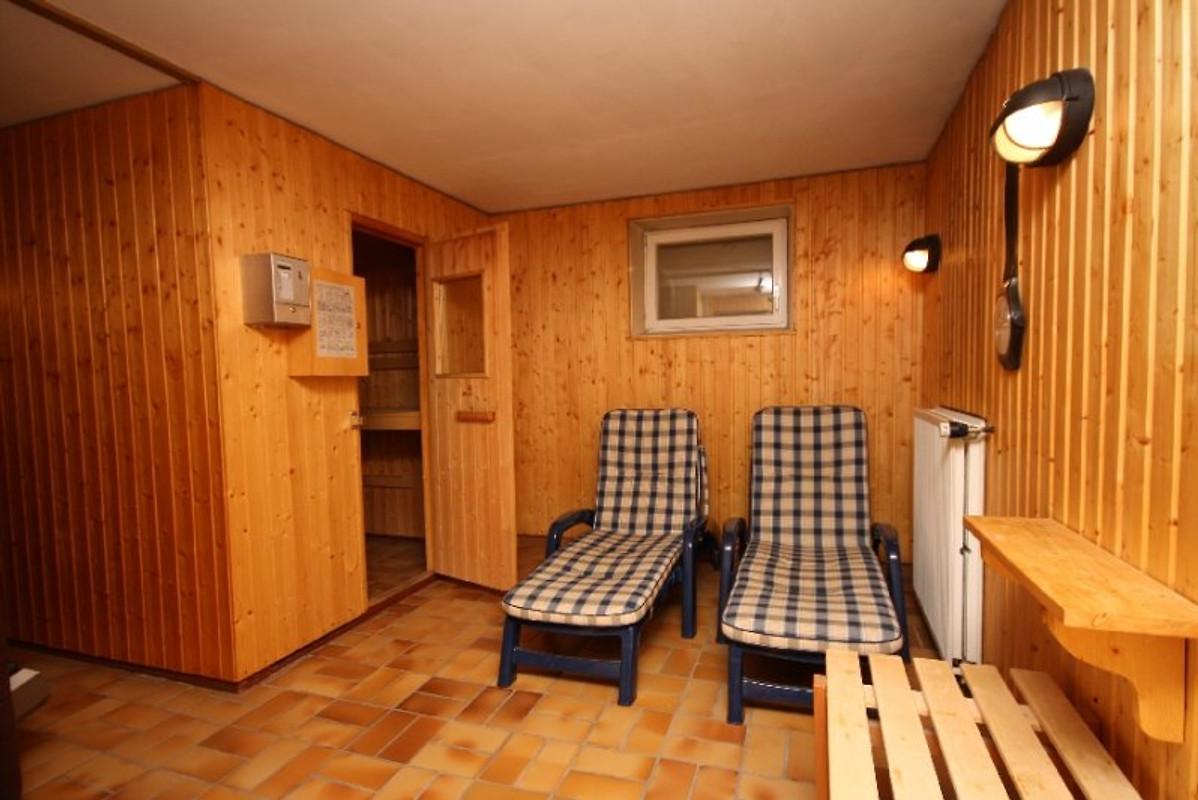 Ferienwohnung Maximilian mit Sauna  Ferienwohnung in
