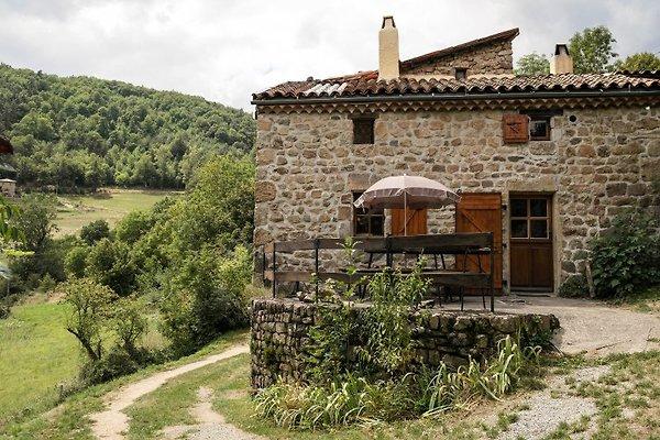 La Rossille mit Terrasse und schöner Aussicht