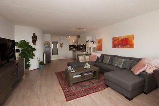 Appartement Zonnehoek 63 *****