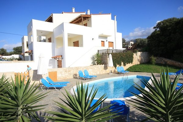 Exclusive Villa mit Pool Kreta in Rousospiti - immagine 1