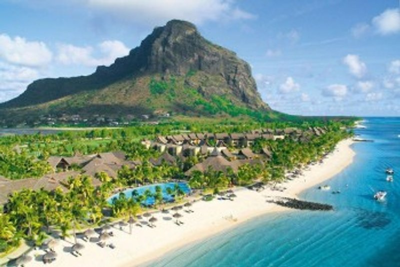 Mauritius Westklüste - Blick auf den Le Morne Brabant