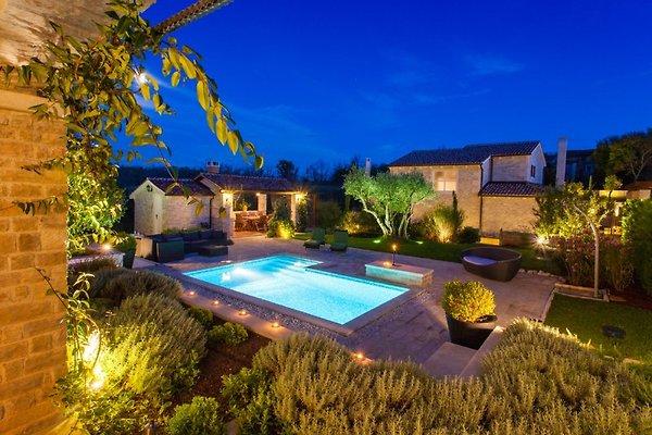 Villa Experience à Banki - Image 1