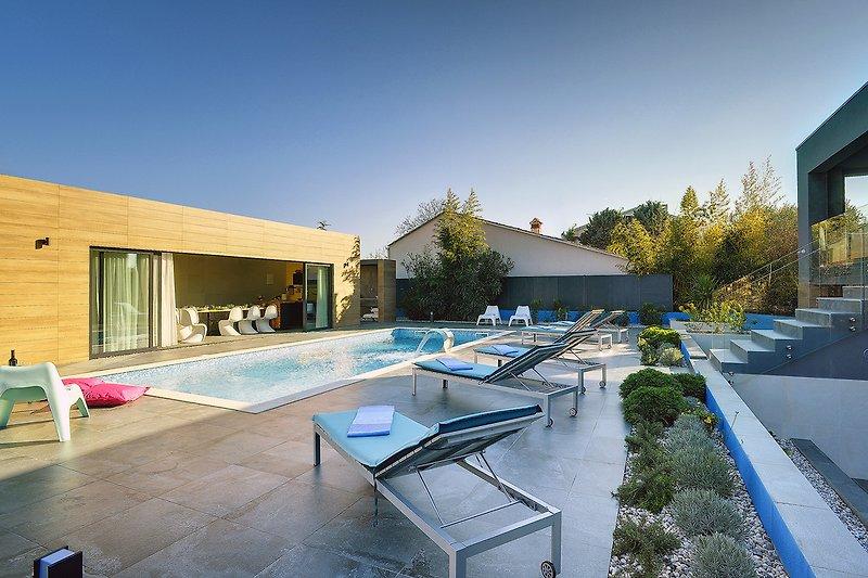 Villa Hemera - Swimmingpool
