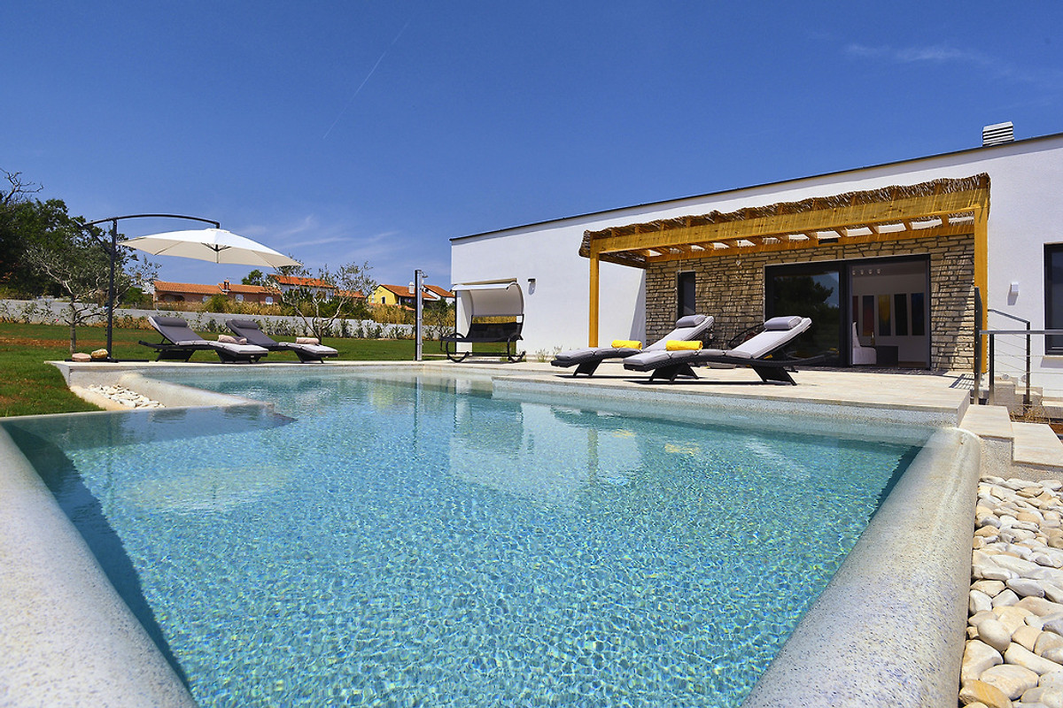 villa alexana ferienhaus in medulin mieten. Black Bedroom Furniture Sets. Home Design Ideas
