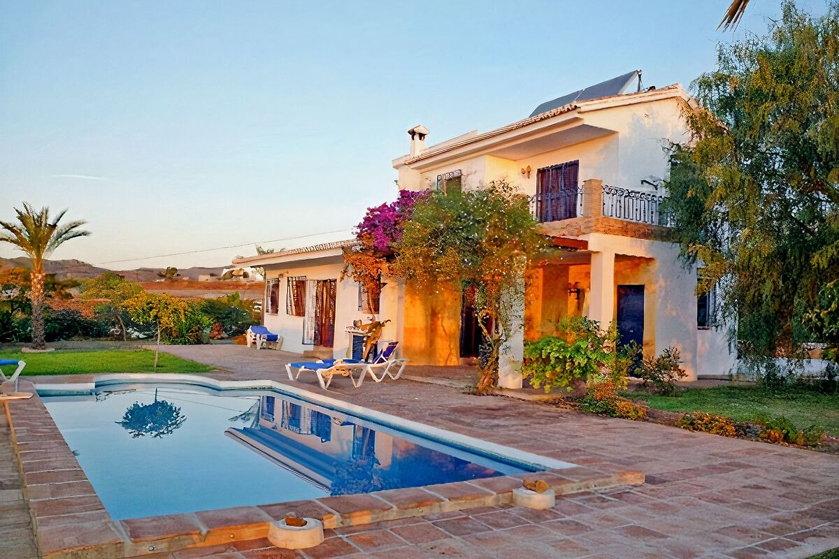Casa jardin bolero in benajarafe herr t hillekamp for Casa jardin