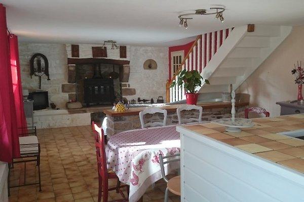 la maison jaune ferienhaus in cl den cap sizun mieten. Black Bedroom Furniture Sets. Home Design Ideas