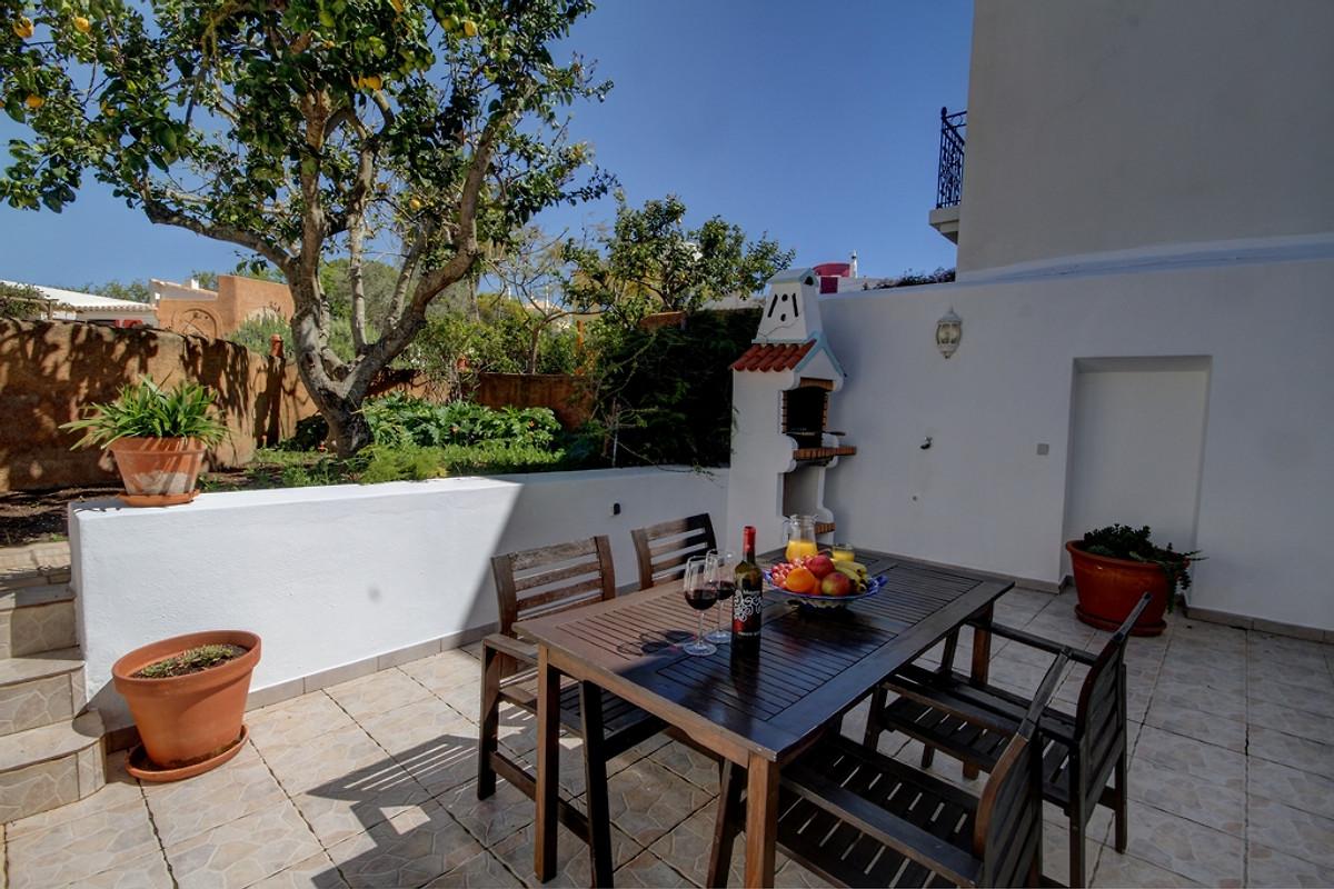 maison casa otilia avec piscine maison de vacances ferragudo louer. Black Bedroom Furniture Sets. Home Design Ideas