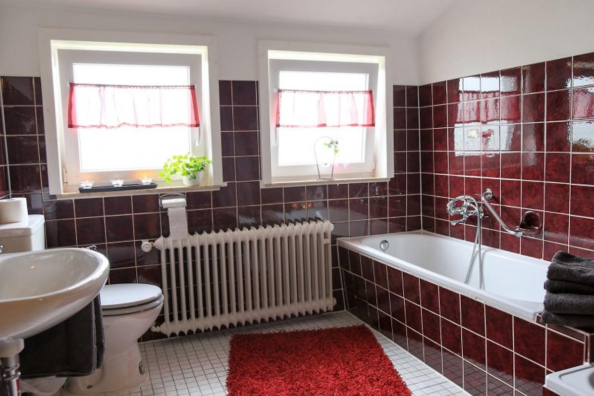 ferienwohnung auf der burg ferienwohnung in hallenberg mieten. Black Bedroom Furniture Sets. Home Design Ideas