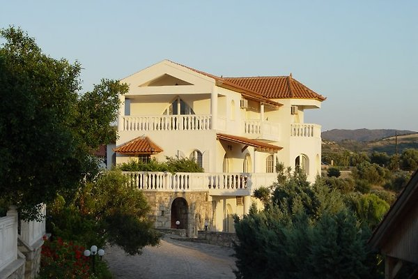 Villa Sarah Pitsidia à Pitsidia - Image 1