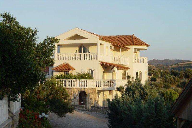 Villa Sarah Pitsidia in Pitsidia - immagine 2