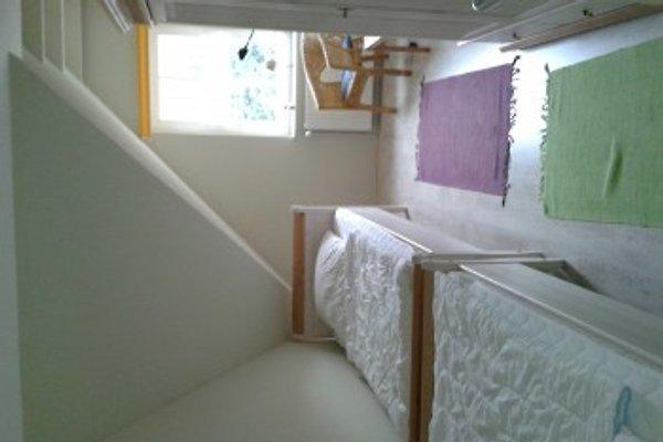 Schlafzimmer mit 2 getrennt stehenden Betten
