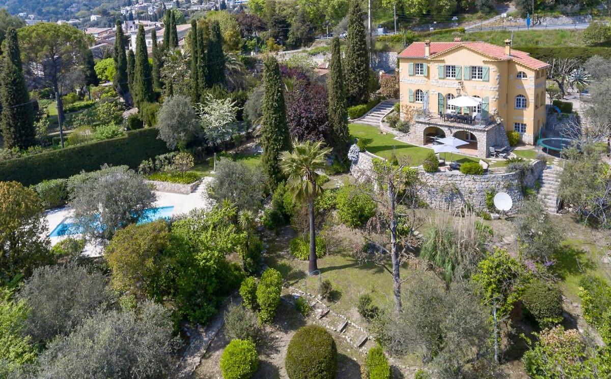 Le petit palmier maison de vacances mougins louer for Le jardin mougins