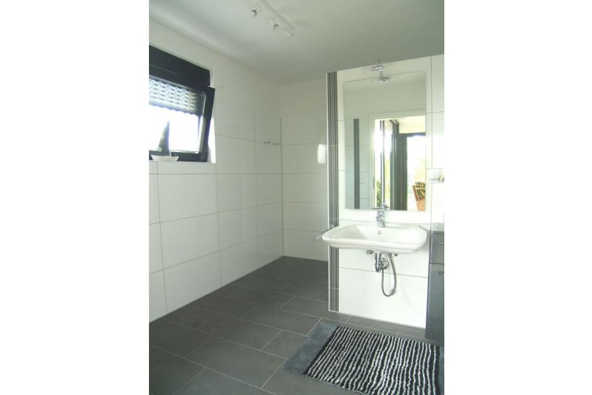 nordsee bungalow tossens ferienhaus in tossens mieten. Black Bedroom Furniture Sets. Home Design Ideas