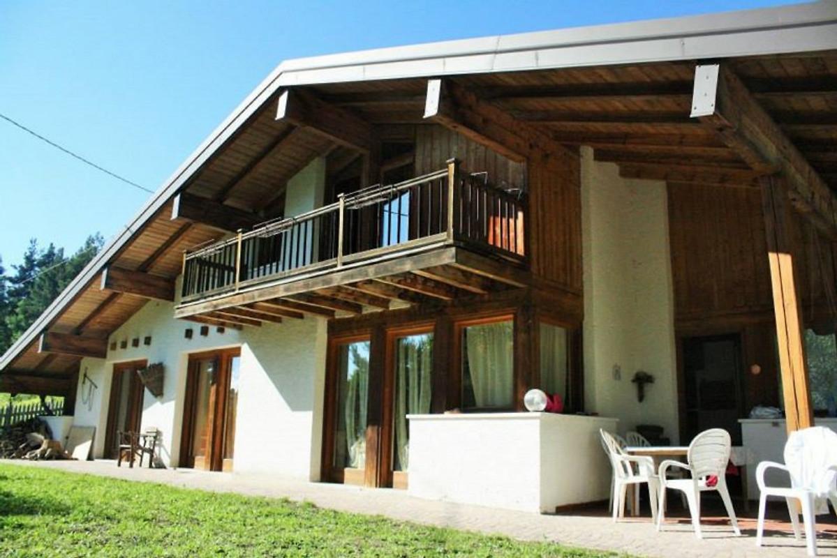 Dolomiti chalet nonno silvano casa vacanze in trento for Piani chalet sci