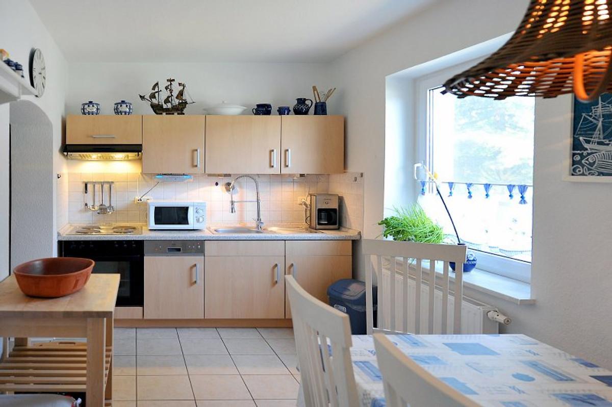 fh piet strandnah garten kuschlig ferienhaus in karlshagen mieten. Black Bedroom Furniture Sets. Home Design Ideas