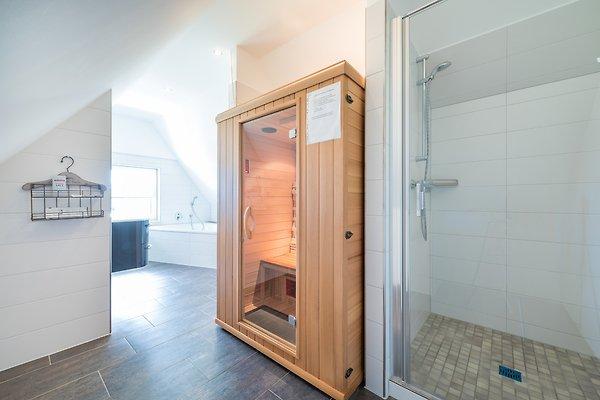 witthus og ferienwohnung in wiek mieten. Black Bedroom Furniture Sets. Home Design Ideas