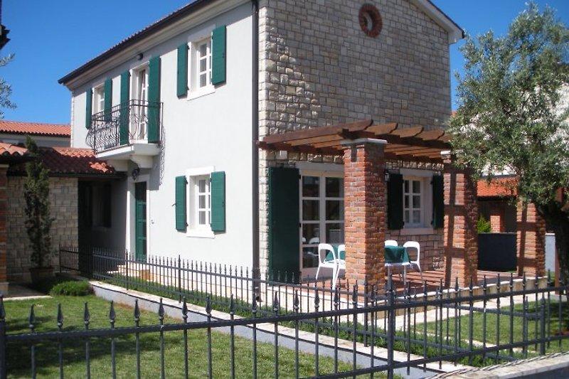 Villa Petras Außenfassade