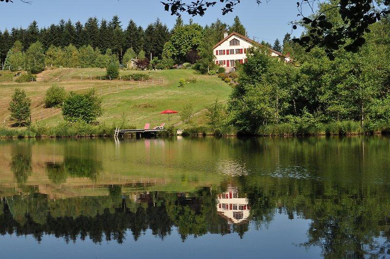 Landhaus mit eigenem Badesee