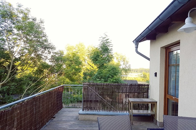Blick von der Terrasse zum Bodden