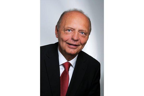 Herr P. Schroetter