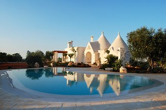 Trulli Collina d'Itria - 6 people