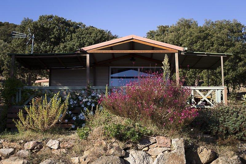 bonito bungalow en Ile Rousse - imágen 2