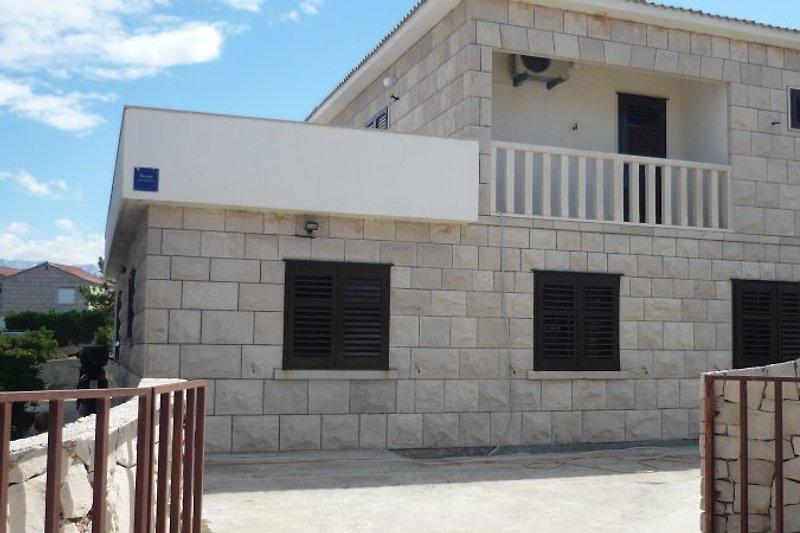 Villa-Arija appartements in Povlja - Bild 2