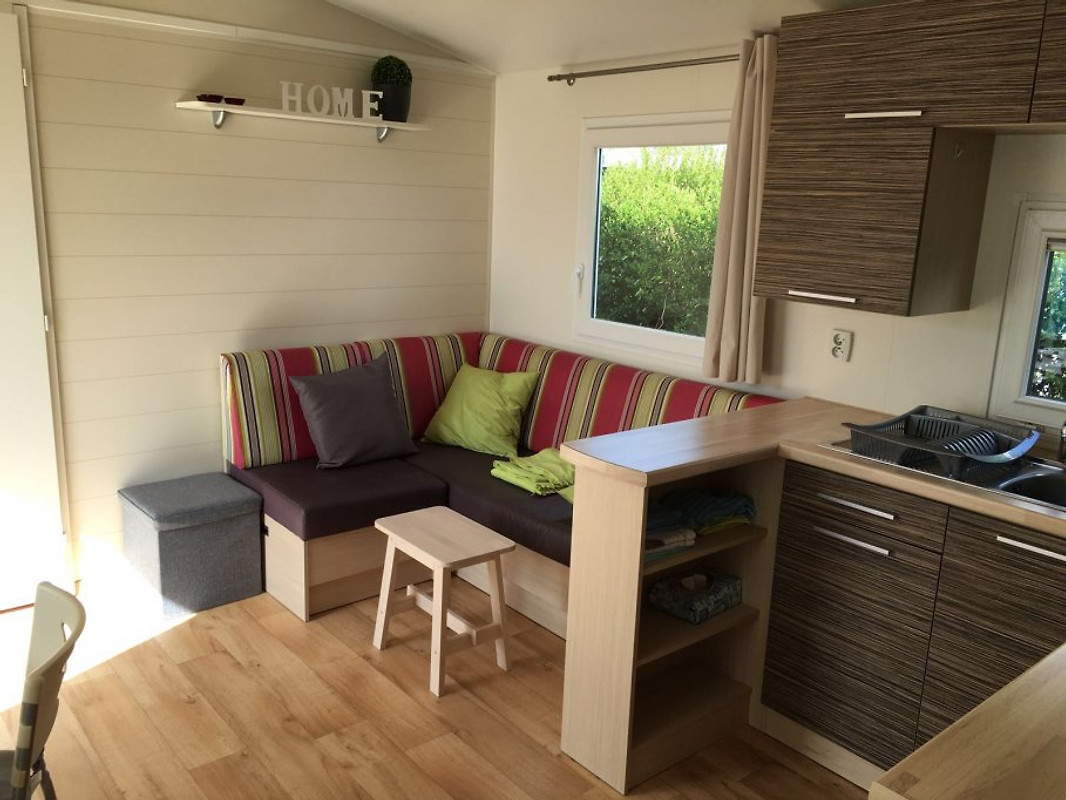 ferienhaus chalet ferienhaus in bredene mieten. Black Bedroom Furniture Sets. Home Design Ideas