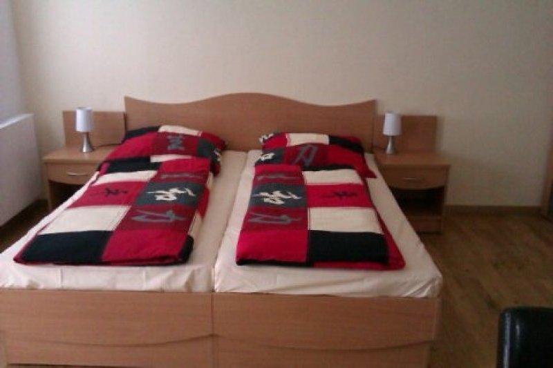 Doppelbett (sehr gemütlich) :)