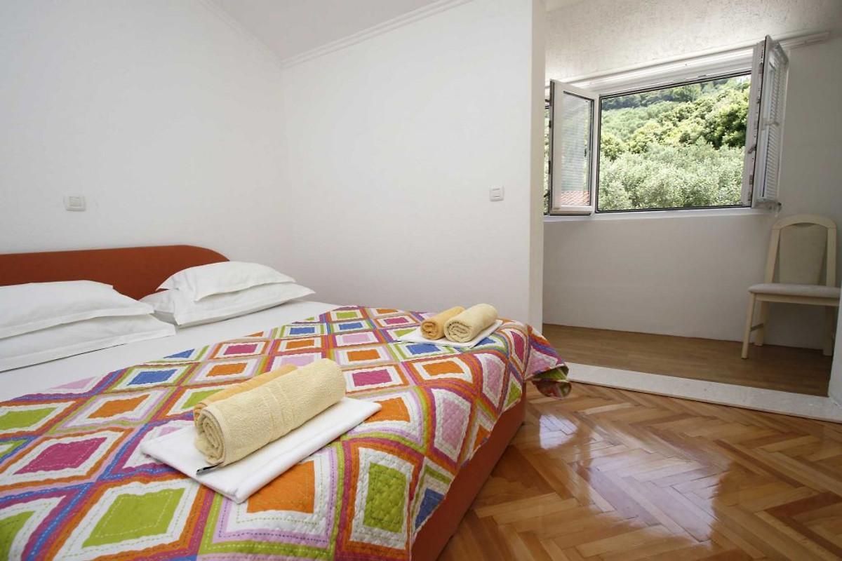 Apartment betty ferienwohnung in makarska mieten for Schlafsofa betty