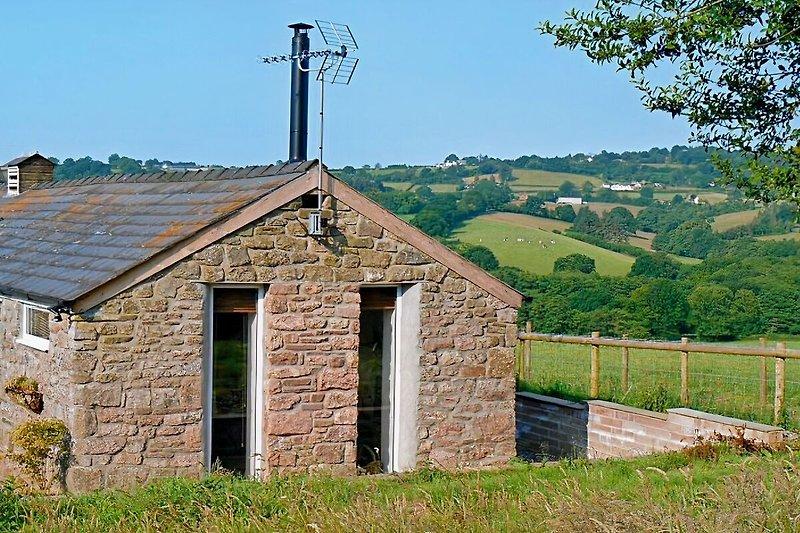 Dolly's Barn