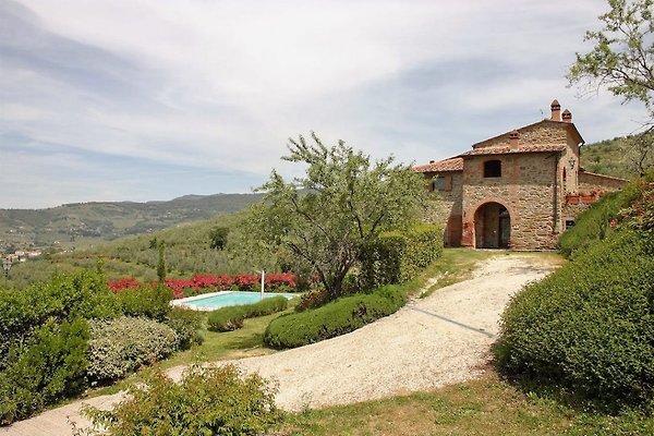 Villa à Cortona avec piscine privée à Castiglion Fiorentino - Image 1
