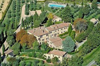 Apartamento con piscina Verrocchio