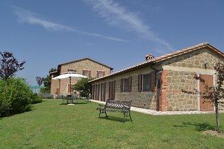 domaine toscan Lucciola Bella