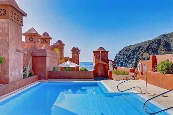 Elegant Luxury Apartment, Beautiful Sea View In Palm Mar   Picture 1 Good Ideas