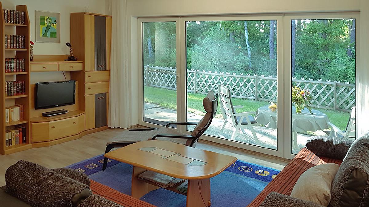 d nen lounge r gen in glowe app 2 in glowe frau kohl. Black Bedroom Furniture Sets. Home Design Ideas