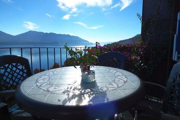 Casale: Blu à Cannero Riviera - Image 1