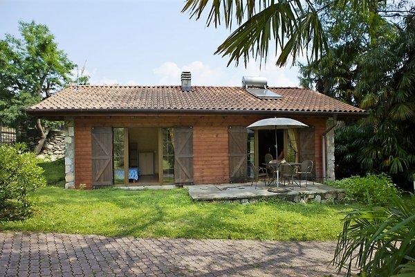 Cottage Parco Camelia en Baveno - imágen 1
