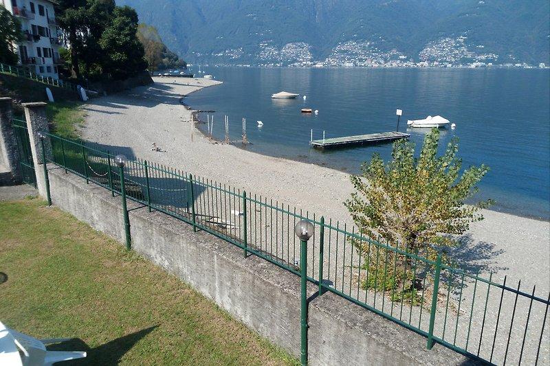Der schöne öffentliche Strand ist nur ca. 1 km entfernt