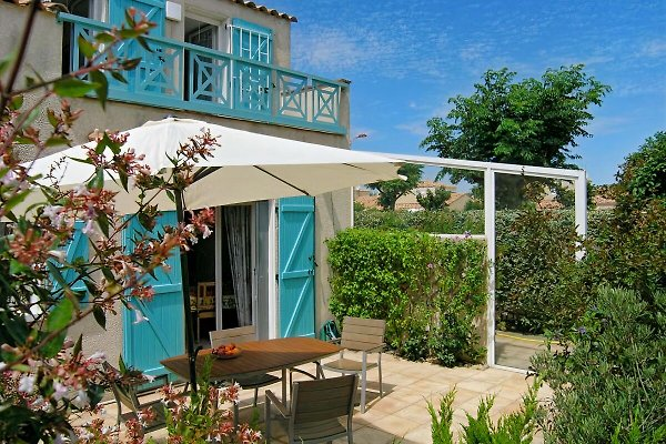 Cap vert le jardin du midi vakantiehuis in gruissan huren for Restaurant le jardin du cap