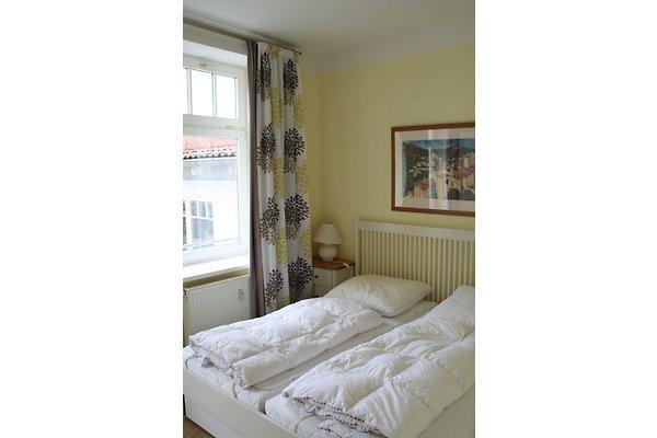 strandstr 32 wohnung 21 mit wlan ferienhaus in k hlungsborn mieten. Black Bedroom Furniture Sets. Home Design Ideas