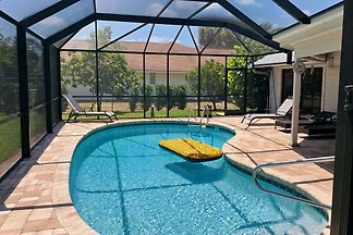 Poolhome in Naples - VILLA BELLY -